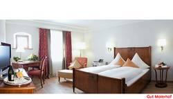 Innenaufnahme Hotelzimmer Gesamtbroschüre Hotel und Gastronomie
